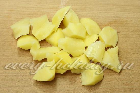 Картофель режем крупно