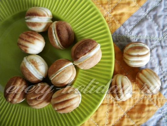 Вкусные орешки с заварным кремом