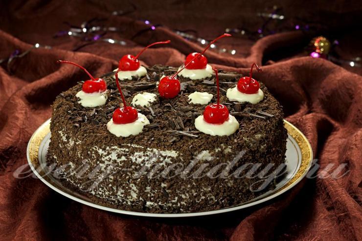 Торт с вишней «Черный лес»