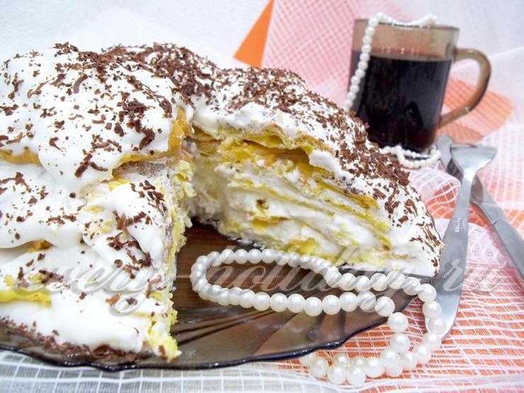 Торт из заварного теста и сметанного крема