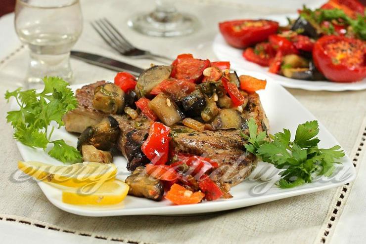 Свинина в фольге с овощами