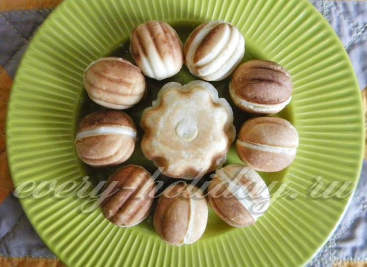 Орешки с заварным кремом