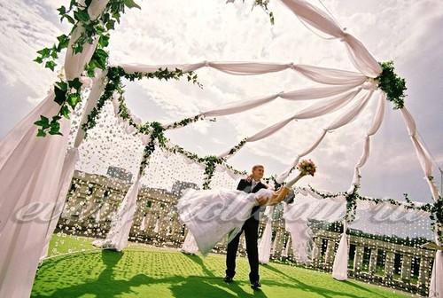 Проведение свадьбы на открытом воздухе