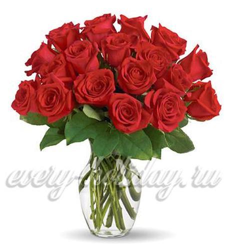 Что добавить в воду, чтобы розы дольше стояли в вазе