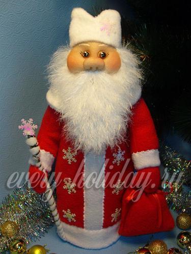 Украсить Деда Мороза