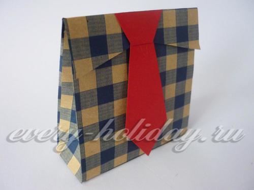 Подарочный пакетик на 23 февраля своими руками готов