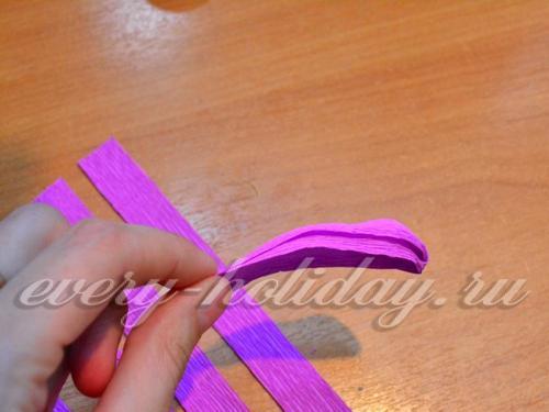 бумаге придать форму лепестка
