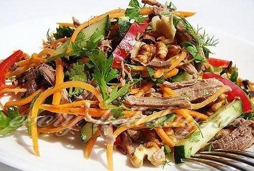 Салат с говядиной и морковью