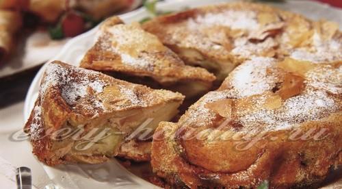 Шарлотка с яблоками, рецепт простой и вкусный