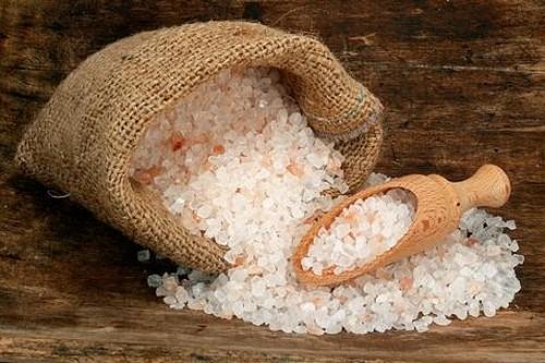 Как сделать защиту на дом с помощью соли