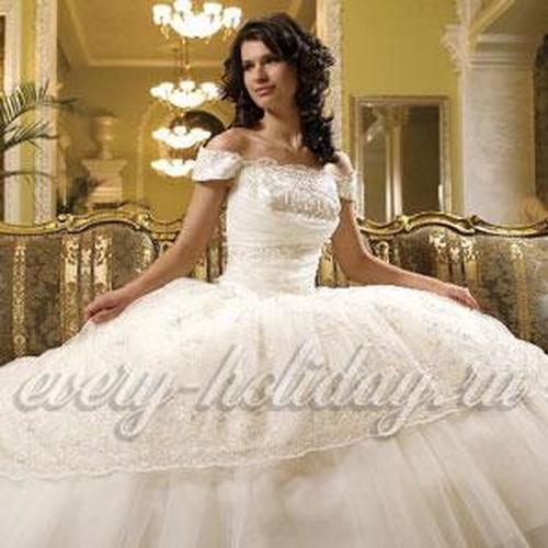 Свадебные платья на Садоводе: фото и цены