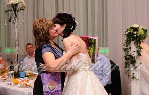 Слова благодарности родителям на свадьбе от