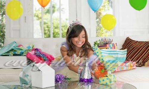Поздравления с днем рождения дочери от мамы в прозе до слез
