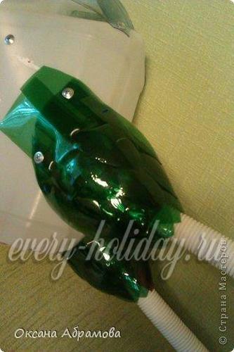 петух из пластиковых бутылок инструкция