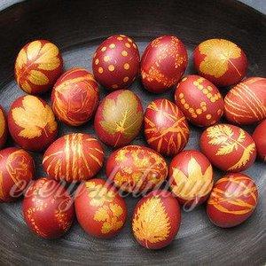 Покраска яиц на пасху способ 1