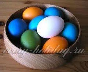 Как покрасить яйца на пасху способ 15