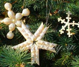 Новогодние поделки и елочные игрушки из макарон