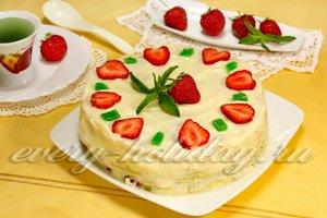 Торт из блинов с клубникой