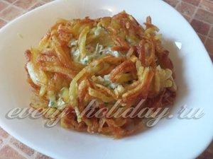 Обкладываем салат картофелем