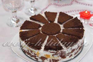 Коричневый торт «Африканская ромашка»
