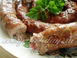 Домашняя колбаса из свинины для пикника