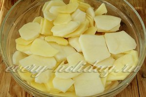 Картошку режем кольцами