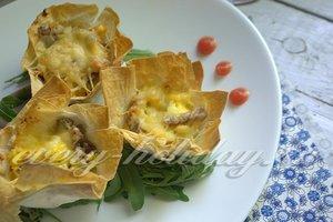 рецепт закусочных корзинок из лаваша с языком
