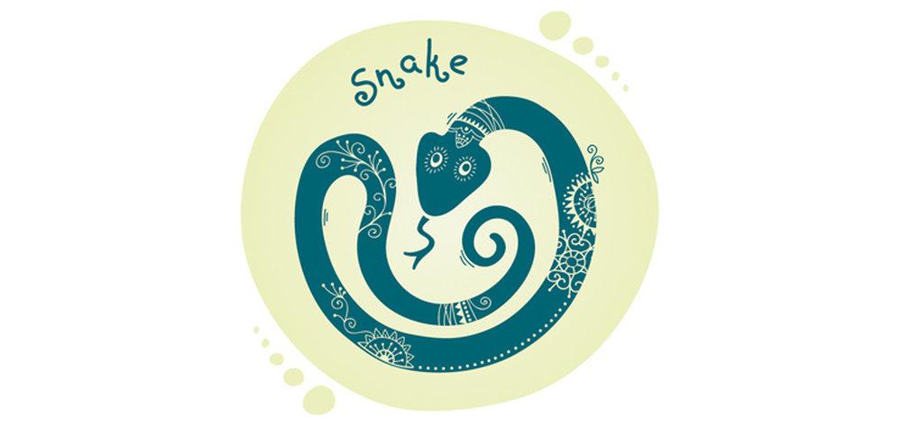 Восточный гороскоп для змеи на год предсказывает трудности морального характера работы.