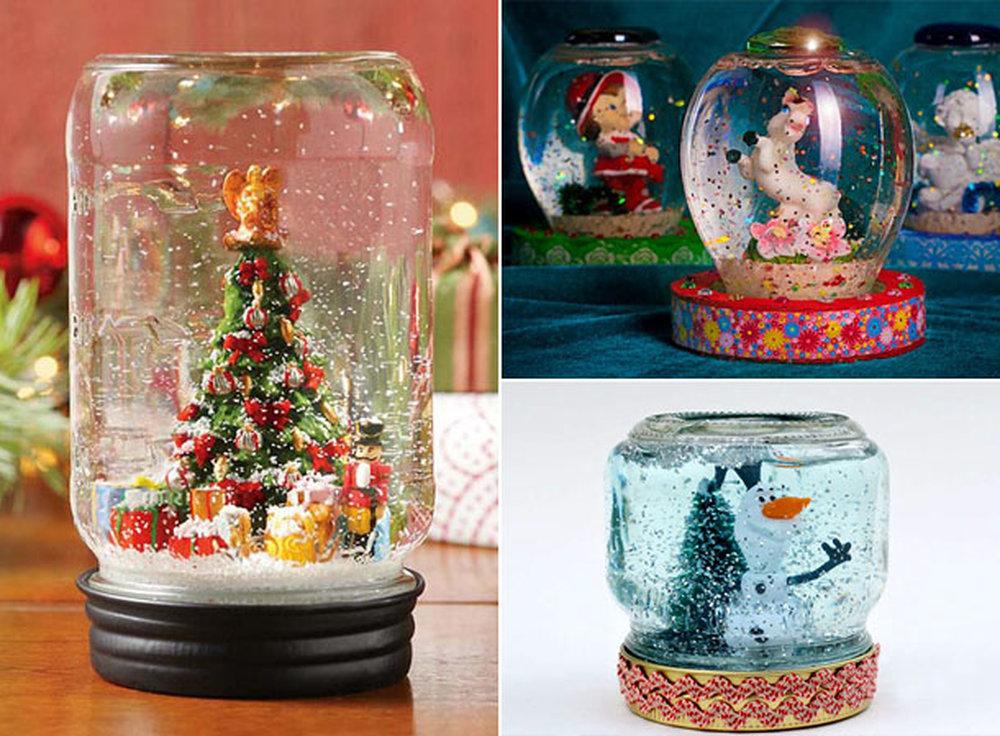 Рождественский шар из банки с фигурками внутри