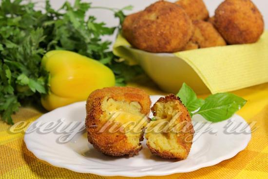 Рецепт картофельных крокетов с сыром