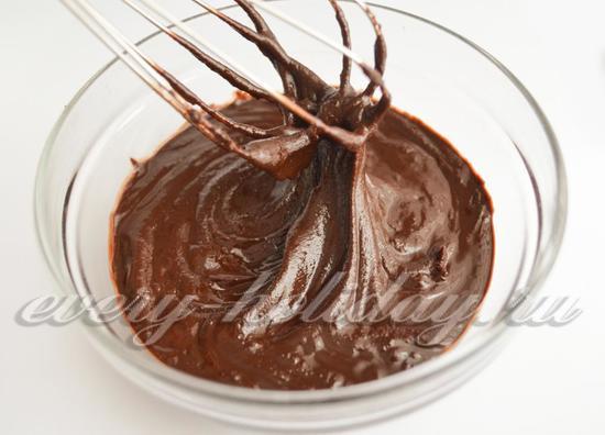 Растопите шоколад