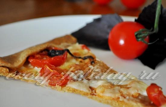 галета с сыром и помидорами
