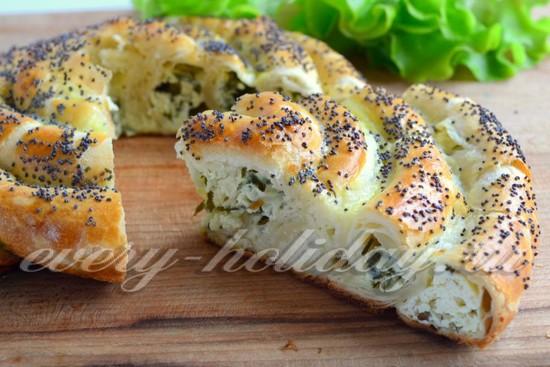 Пирог со шпинатом и творогом - рецепт с фото