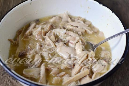 залить мясо желатином