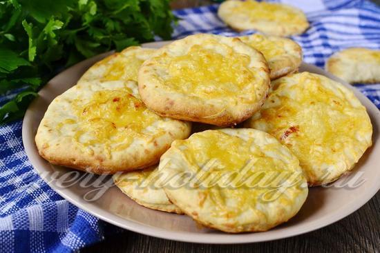 Сырные лепёшки «Объедение» в духовке