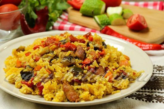 Рецепт рассыпчатого риса с мясом иовощами