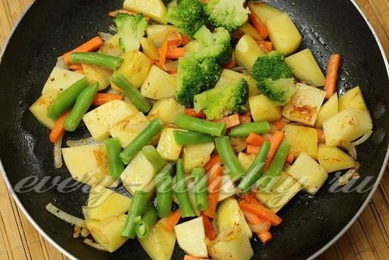 добавить брокколи и фасоль