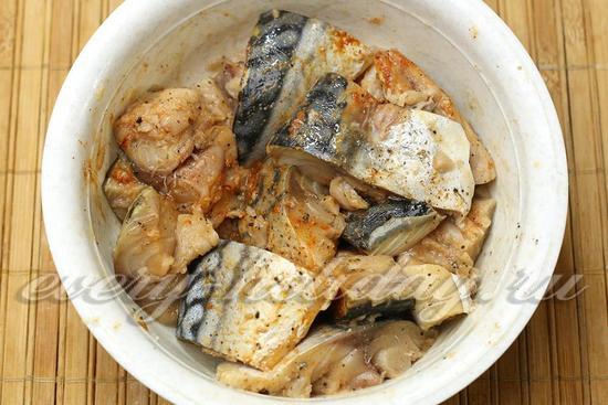 маринуем рыбу 15 минут