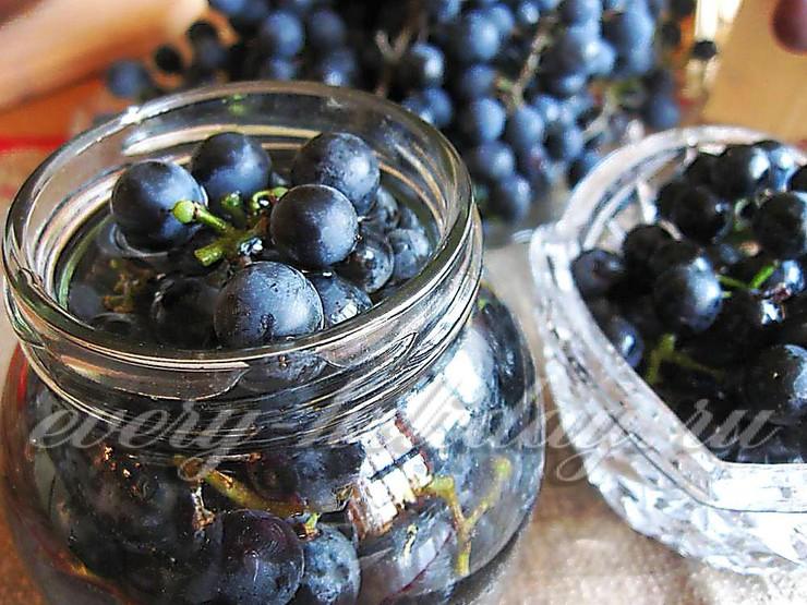 Виноград маринованный на зиму