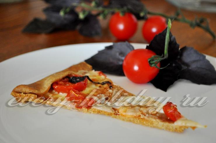Галета с сыром и помидорами черри