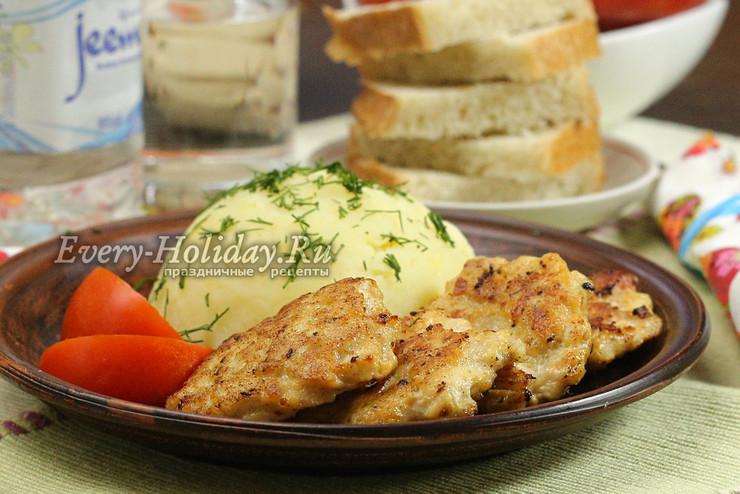 Рубленые котлеты из куриной грудки с сыром