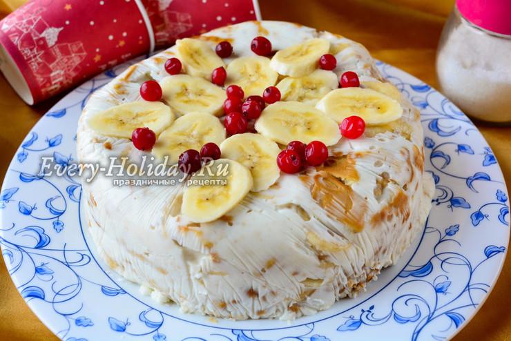 Банановый торт без выпечки с желатином