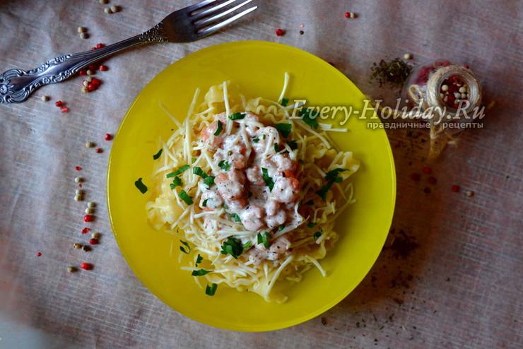 Паста с креветками в сливочно-чесночном соусе