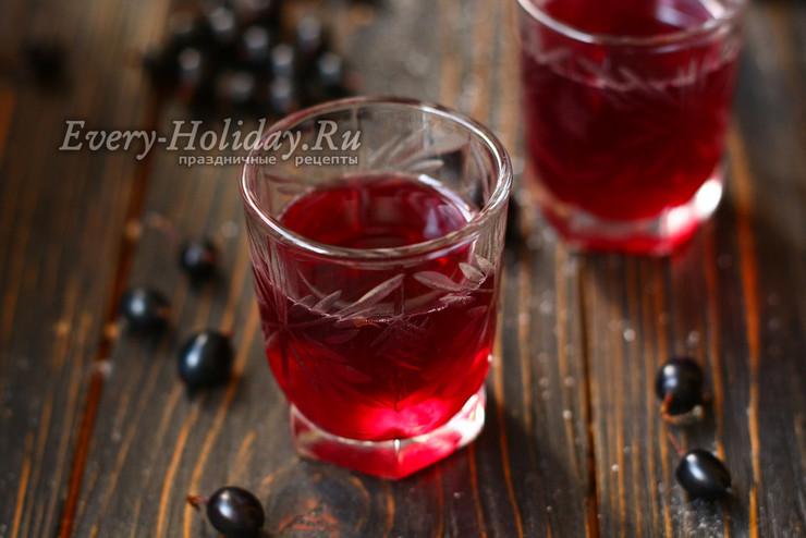 Настойка из черной смородины на водке