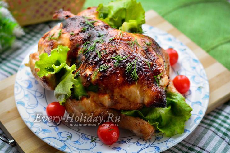 Курица, запеченная в духовке целиком в рукаве