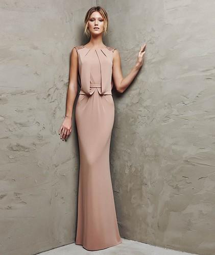 бежевый цвет платья