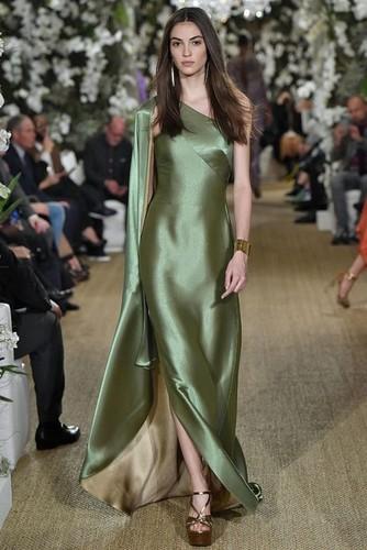 оливковый цвет платья