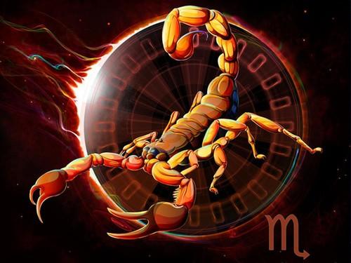 Гороскоп на май 2019 Скорпион женщина (что ожидает)