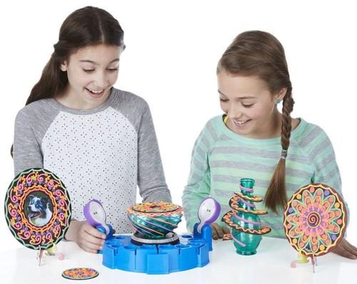 Подарки на Новый год 2022 для девочек: что дарить от 1 до 15 лет (идеи с фото)