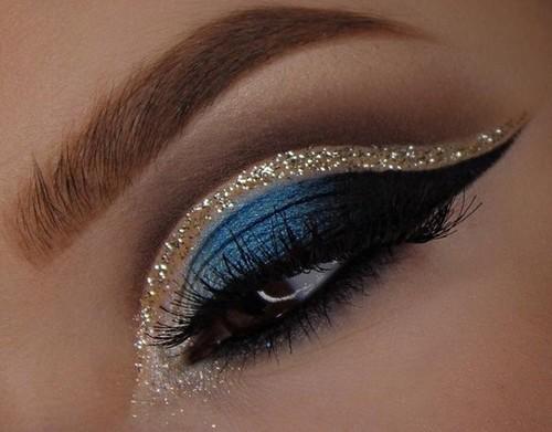 Макияж на Новый год 2021 для карих глаз: пошаговое фото, модные тенденции